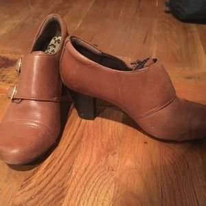 Authentic leather Clark booties! Runs small